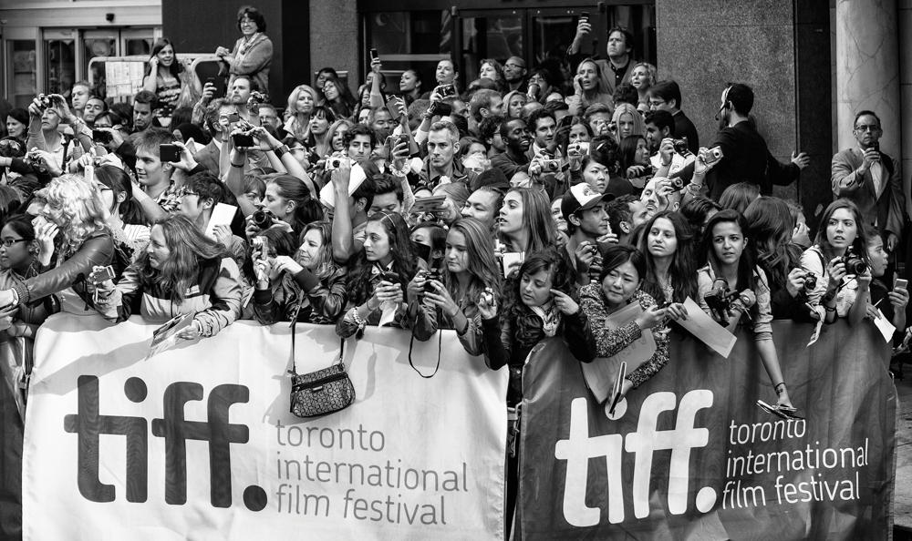 TIFF fans / Admirateurs du Festival international du film de Toronto